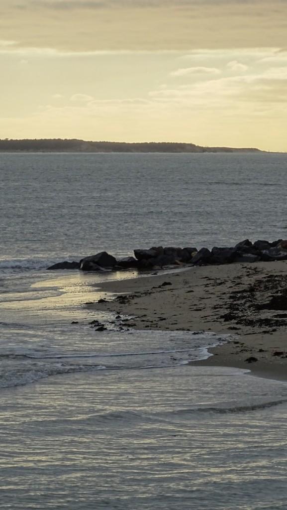 Le soleil est toujours derrière les nuages... Photo prise et appartenant à www.Laplumeetlagomme.fr